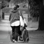 Как стать опекуном инвалида 1, 2 группы и какие при этом положены льготы
